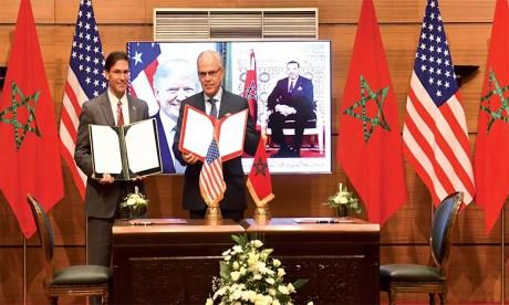 Signature à Rabat de la Feuille de route décennale 2020-2030 de coopération en matière de défense entre le Maroc et les États-Unis d'Amérique