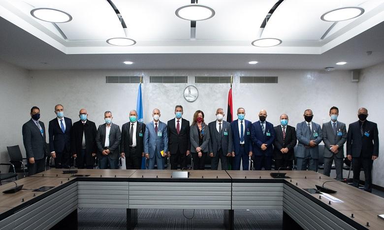 Commission militaire inter-libyenne: accord pour un cessez-le-feu dans le pays