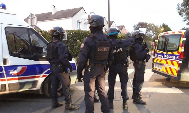 Un homme décapité près de Paris, le parquet antiterroriste saisi