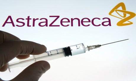 Covid-19: résultats encourageants du vaccin d'AstraZeneca chez les plus âgés