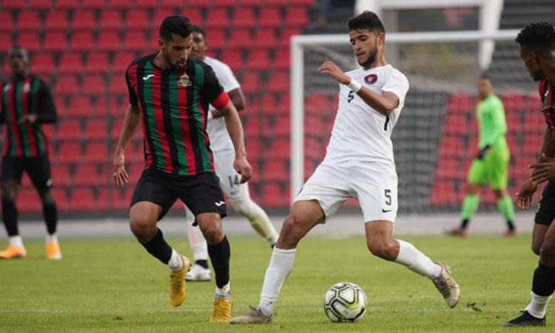 Séquence de jeu du match amical qui a opposé l'AS FAR au SCCM, mercredi, au stade El Bachir.