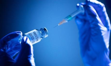 Vaccin Pfizer/BioNTech: Une demande d'autorisation en urgence attendue aux Etats-Unis
