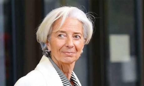 """La reprise économique en zone euro risque d'être """"instable"""" , avertit Lagarde"""