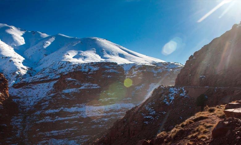 La Direction générale de la météorologie (DGM) prévoit pour la journée de ce dimanche, chute de neige sur les sommets du Haut Atlas . Ph : DR