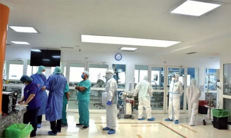 Khalid Aït Taleb promeut le dialogue et la synergie avec les cliniques privées