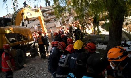 Séisme en Turquie  : Le bilan s'alourdit à 49 morts et 896 blessés