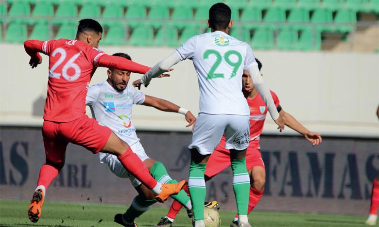 L'Olympique Dcheira (en blanc) avait signé une importante victoire 1-0 à domicile, samedi dernier, contre l'Ittihad de Khémisset.