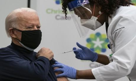 États-Unis : Joe Biden vacciné contre la Covid-19
