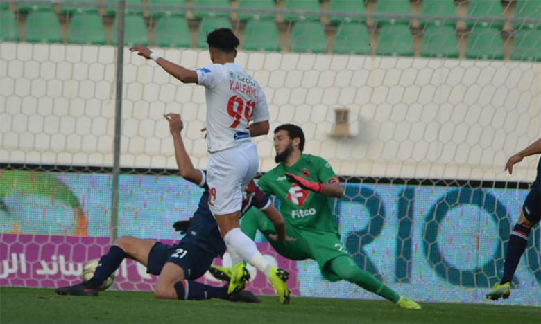 Le deuxième but d'El Fahli face à l'OCS, dimanche au stade Adrar.