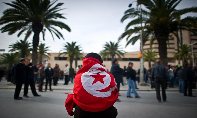 La Tunisie prolonge l'état d'urgence pour six mois