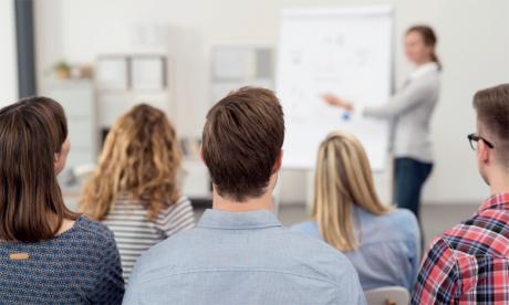 Pour accéder à cette formation, il faut avoir une licence ou équivalent avec au minimum deux  ans d'expérience.                    Ph. Shutterstock