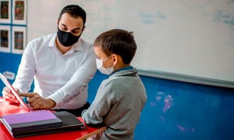 Vaccins: l'Unicef demande que les enseignants soient une priorité