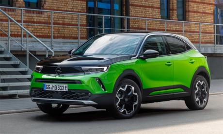 Conçus pour montrer la voie que va suivre Opel, les nouveaux Mokka et Mokka-e sont les premiers à afficher le nouveau visage de la marque, l'Opel Vizor.