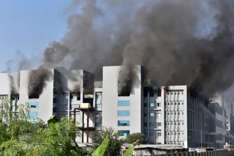 Incendie au Serum institute of India : 5 morts à déplorer