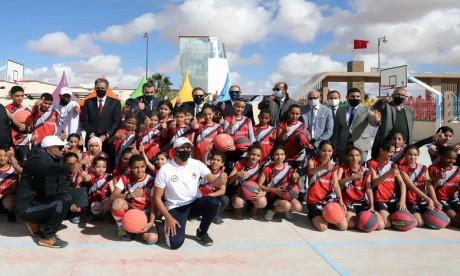 Lancement à Laâyoune d'un centre d'éducation par le sport, en présence de David Schenker