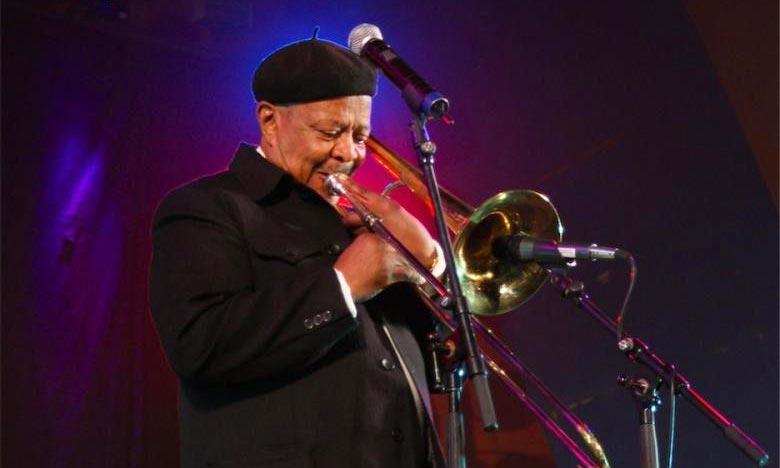 Jonas Gwangwa, , musicien sud-africain et icône anti-apartheid, est décédé à l'âge de 83 ans. Ph : DR