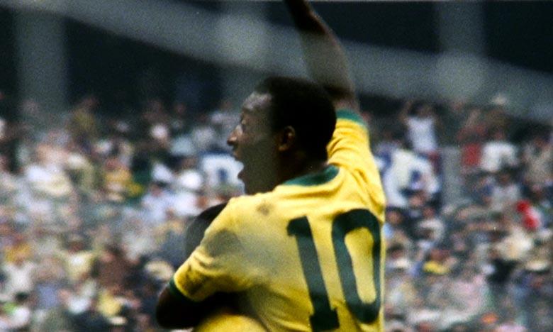 «Je vais bientôt avoir l'opportunité de revivre mes souvenirs. J'ai hâte de regarder ce film», a indiqué Pelé. Ph :  AFP