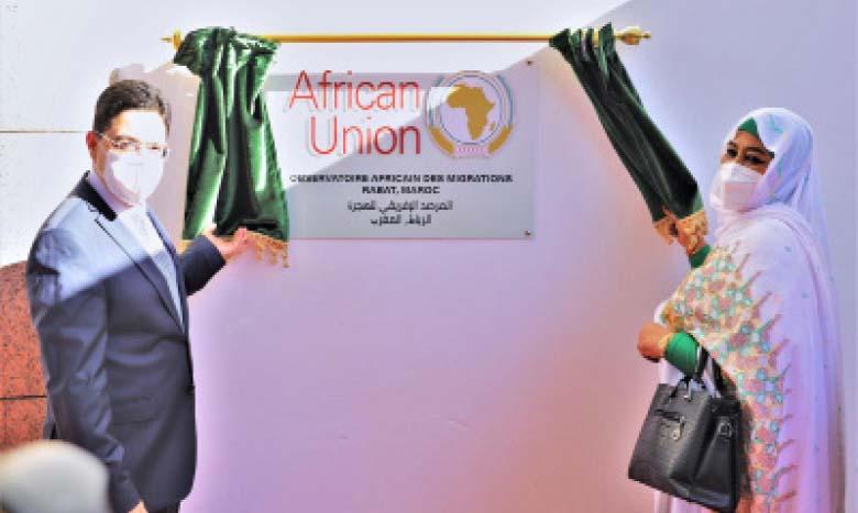 Nasser Bourita et la commissaire aux Affaires sociales de l'UA, présidant l'ouverture de l'Observatoire africain des migrations.