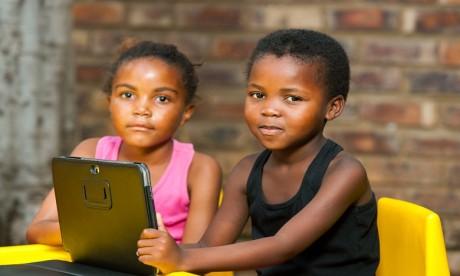 """Attention , """"les enfants ne peuvent pas se permettre de vivre une année supplémentaire sans école"""""""