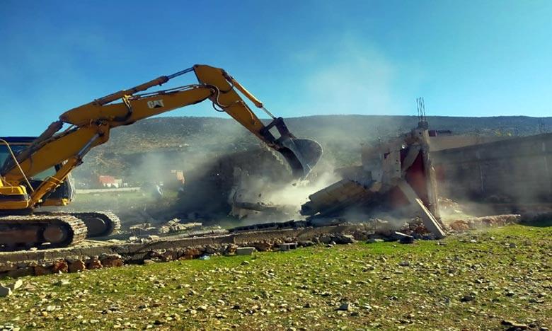 L'Opération de  la démolition a concerné 224 constructions anarchiques qui ont été bâties ces dernières années dont 128 sous forme de fondations et 96 sous forme de boxes vides. Photo : DR