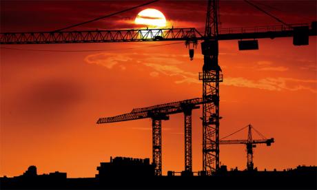 Les travaux de réalisation de la zone d'activités économiques de Fnideq, qui s'étend sur une superficie de 10 hectares et dont le coût s'élève à environ 200 millions de DH, ont déjà été entamés.