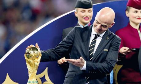 Infantino prévoit des stades «combles» au  Qatar et une fin de pandémie avant le Mondial