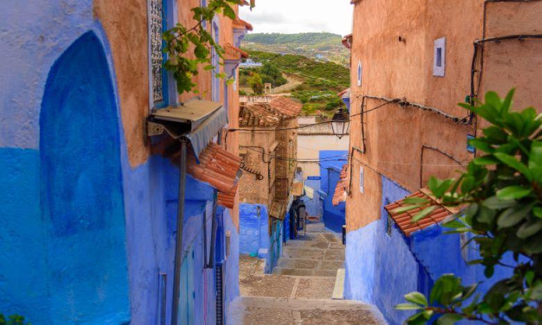Baptisée «la perle Bleue», Chefchaouen s'offre sans résistance sous les clichés de l'artiste espagnol. Ph : DR