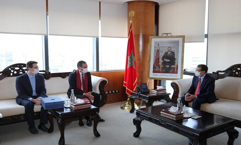 Métiers du digital et de l'Offshoring : le chef du gouvernement s'entretient avec le président de  l'APEBI