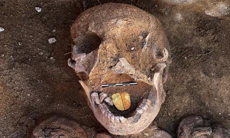 Egypte: découverte de momies à la langue en or près d'Alexandrie