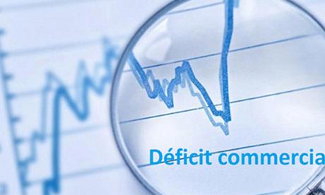 Le déficit commercial s'allège de 23% en 2020