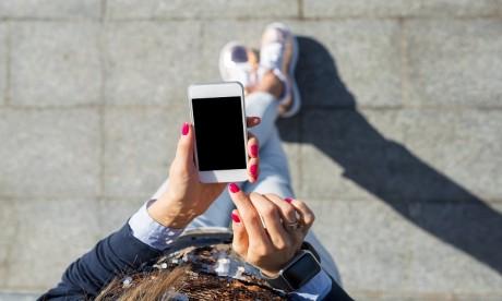 Une pénurie de semi-conducteurs devrait peser sur les prix des iPhones ou des consoles