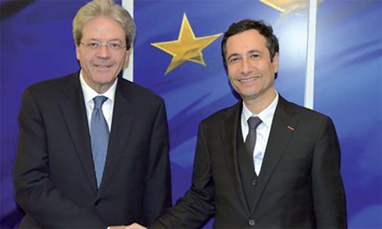 Le commissaire Paolo Gentiloni et Mohamed Benchaâboun