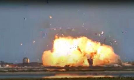 Fusée SpaceX : Un prototype s'écrase à l'atterrissage