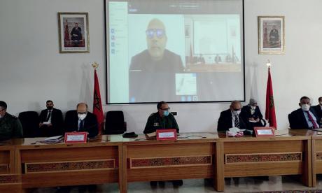 La réunion de la commission technique a été présidée par le wali de la  région de Dakhla-Oued Eddahab, Lamine Benomar.           Ph. MAP