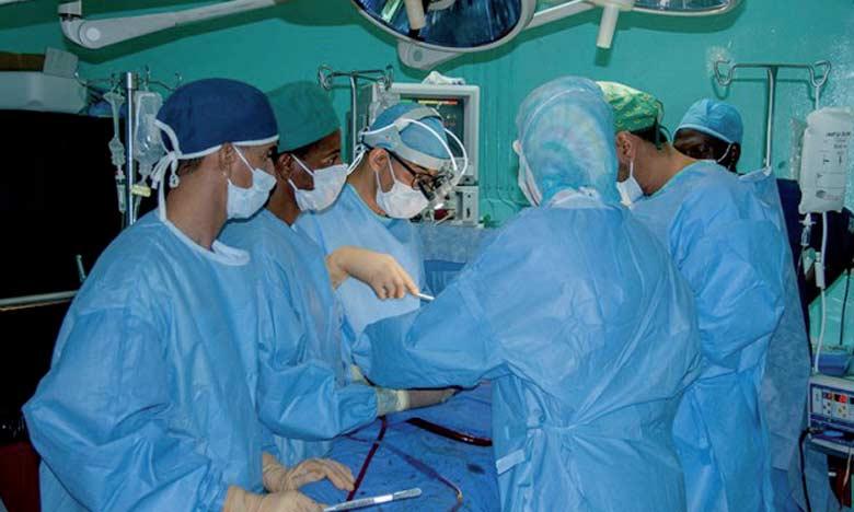 Mechraa Belksiri: Deux soeurs siamoises dans l'attente d'une opération
