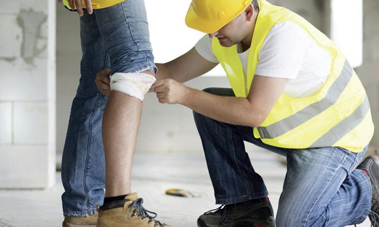 Selon Ahmed Réda Chami, les risques dans les lieux de travail concernent tout le monde. Ils peuvent se traduire soit par des accidents de travail soit par le développement de maladies dites professionnelles.