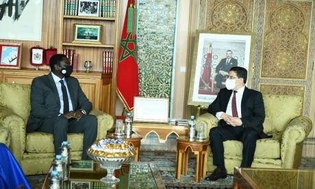 Nasser Bourita reçoit son homologue gambien, porteur d'un message à S.M. le Roi