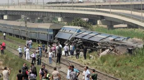 Égypte: 32 morts et 66 blessés dans la collision entre deux trains dans le sud du pays