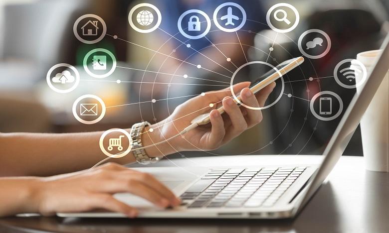 L'Internet mobile a enregistré une hausse de plus de 17%, totalisant plus de 27,74 millions d'abonnés. Ph. Shutterstock