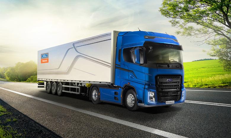 Le F-Max offre un design moderne, un confort de luxe et une approche axée sur le conducteur.