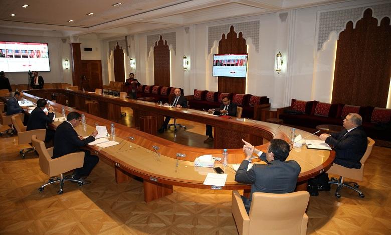 Adoption en commission des projets de lois organiques relatifs au deux chambres du parlement