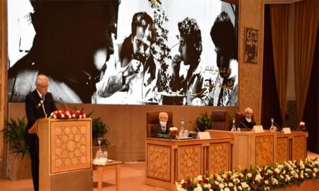 Hommage à Mohamed Bennis en reconnaissance de ses œuvres poétiques et culturelles