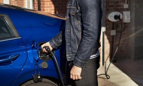 Automobile:  L'UE doit mettre le turbo dans  les batteries