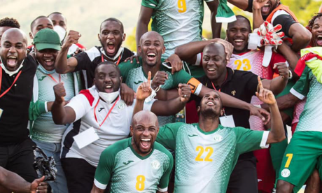 La joie des joueurs des Comores juste après leur nul face au Togo, qui leur garantissait le billet pour la CAN Cameroun 2021.