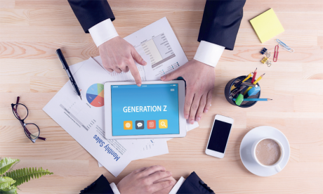 Les jeunes de la génération Z cherchent d'abord à profiter de la vie et du moment présent, quel que soit le contexte professionnel ou social. Ph. Shutterstock