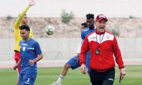 Le HUSA se sépare de son coach Mounir Chebil