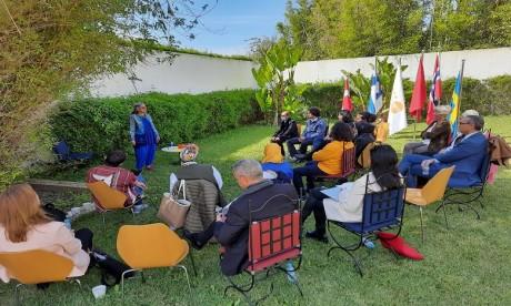 UNFPA et les ambassades nordiques utilisent les contes marocains pour promouvoir l'égalité des genres