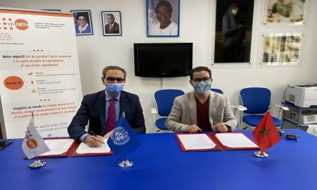 UNFPA œuvre pour la promotion de l'éducation par les pairs