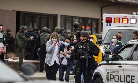 Etats-Unis : Fusillade meurtrière dans un supermarché du Colorado
