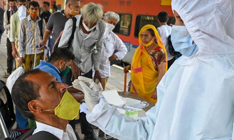 L'aide internationale commence à arriver en Inde | Coronavirus — Pandémie